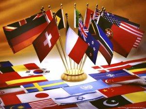 Полиглоты живут дольше. Айда изучать языки!
