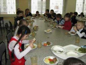 Обеды в школах подорожают на 10 процентов