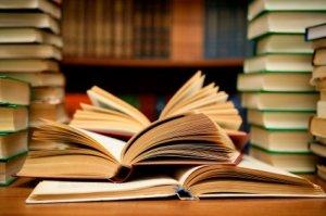 В этом году 11-классникам таки обещают учебники