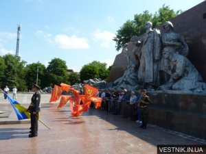 Мемориал «Вечно живым» реконструируют в 2012 году