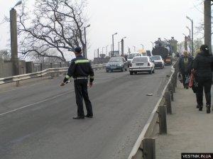 Сегодня утром на Крюковском мосту произошла авария