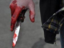 В Кременчуге ревнивец пырнул своего знакомого ножом