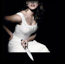 В Кременчуге девушка пырнула ножом своего сожителя