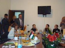 Юные дипломаты из Кременчуга побывали в Посольствах Палестины и Словакии