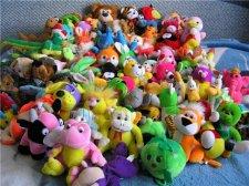 Три дня в кременчугских магазинах собирают игрушки и конфеты для сирот