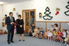 Мэр Олег Бабаев поздравил воспитанников дома ребенка с Днем Святого Николая