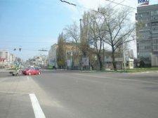 """В Кременчуге на остановке """"Городской сад"""" появился еще один светофор"""