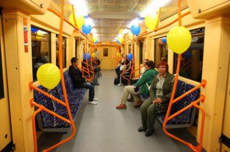 В Киевском метро установлены три эскалатора КВСЗ