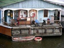Плавсредствам кременчугской водолазной станции пора на пенсию