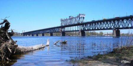 Крюковский мост засияет, но уже в следующем году