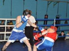 Двое кременчугских боксеров стали призерами чемпионата Украины