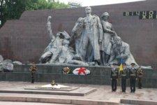 Начата реконструкция площади возле мемориала «Вечно живым»