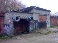 В Кременчуге на улице Ревенко прикрыли автомастерскую