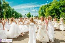 28 мая в Кременчуге прошел благотворительный парад невест и маленьких принцесс!