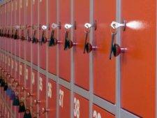 Молодой кременчужанин похитил ценные вещи из камеры хранения супермаркета
