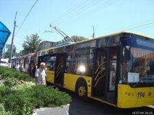 Из-за ДПТ возле Центрального рынка не ездили троллейбусы