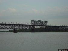 В Кременчуге спасли женщину, которую течение снесло под мост