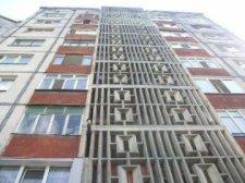 В Кременчуге из окна многоэтажки выпал мужчина