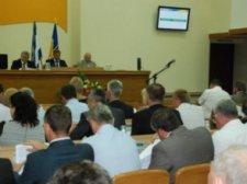 Четырех кременчужан на сессии горсовета наградили почетными грамотами
