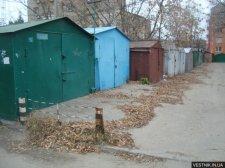 Крюковчане получили предупреждения за самовольно установленные гаражи