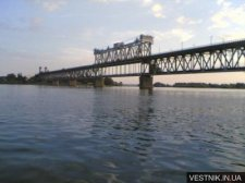 ДТП на Крюковском мосту парализовало движение транспорта