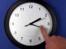 В день выборов кременчужане переведут стрелки часов на час назад