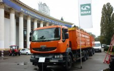 Зерновоз КрАЗ «Караван» на выставке «Фермер Украины-2012»