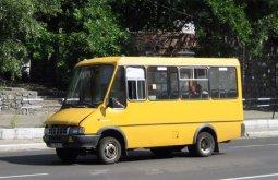 Кременчугские перевозчики должны останавливать свои транспортные средства только на остановках общественного транспорта