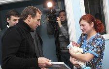 Новогодняя ночь в Кременчуге была урожайной на новорожденных девочек
