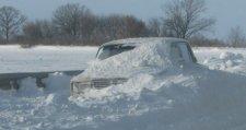 На трассе Кременчуг-Полтава и в Решетиловке в снегу застряли автомобили