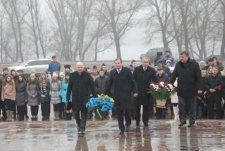 Ко Дню Соборности и Свободы Украины в Кременчуге состоялось торжественное возложение цветов к памятнику Т.Г.Шевченко