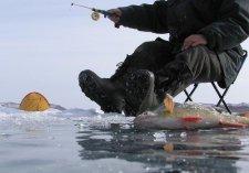 Спасатели нашли двух рыбаков, которые потерялись на Кременчугском водохранилище