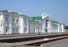 В Киев теперь можно добраться луганским или мариупльським поездами
