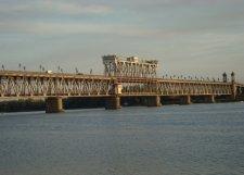 Кременчуг проходит процедуру на получение кредита для проектирования нового моста через Днепр