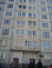 В Кременчуге мужчина выпал с 4 этажа и не получил ни одного повреждения