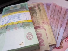 Украинцы зарабатывают меньше, чем белорусы и казахи