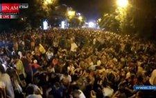 Протестувальники в Єревані минулої ночі звели «барикади» зі сміттєвих баків