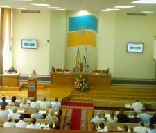 Передвиборчий батл «Батьківщина» vs колишні регіонали у Кременчуці розпочато!